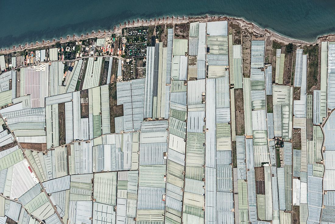 Aerial Views, Mar Del Plastico 08,Bernhard Lang,Photographie contemporaine