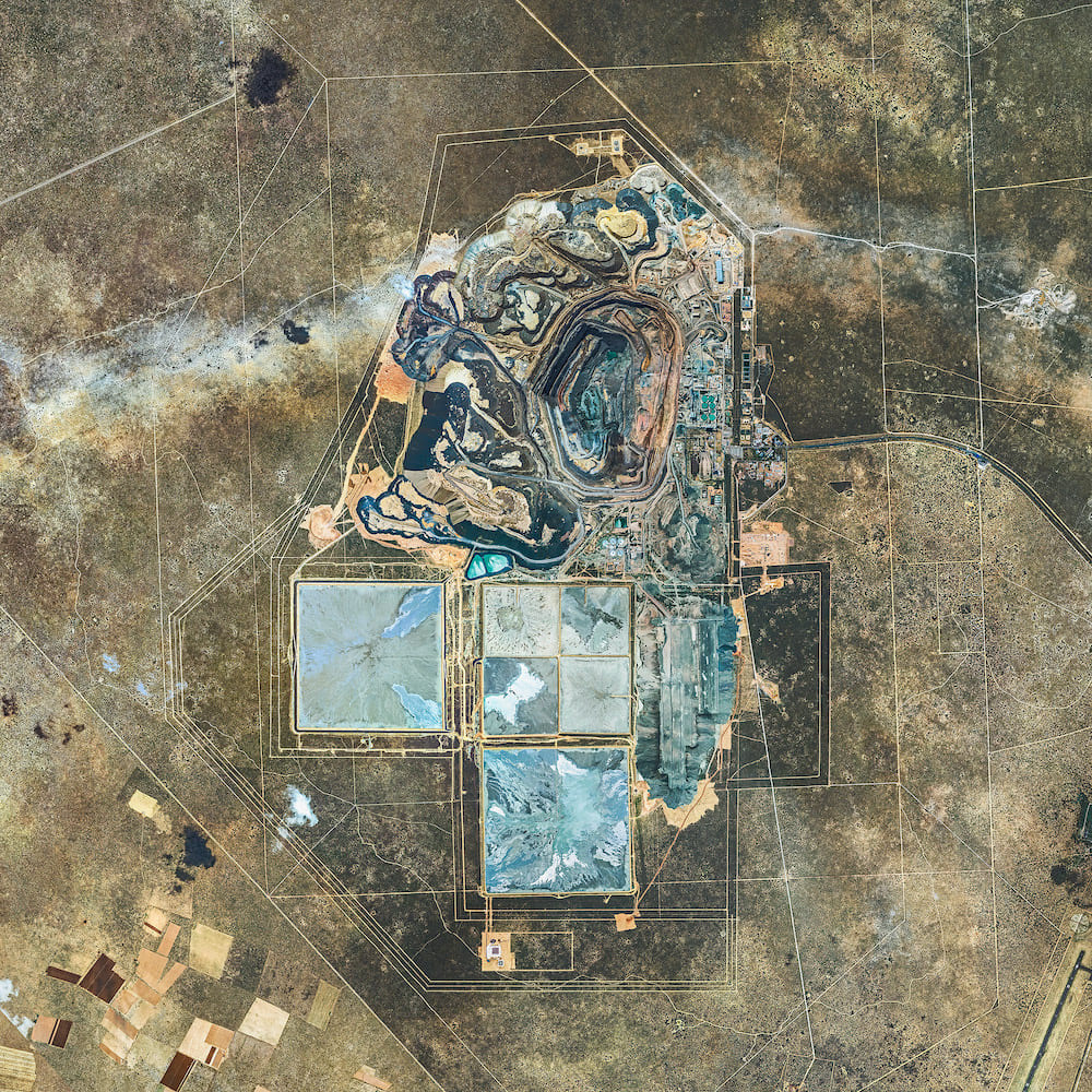 Photography - Bernhard Lang - Aerial Views, African Mines 002