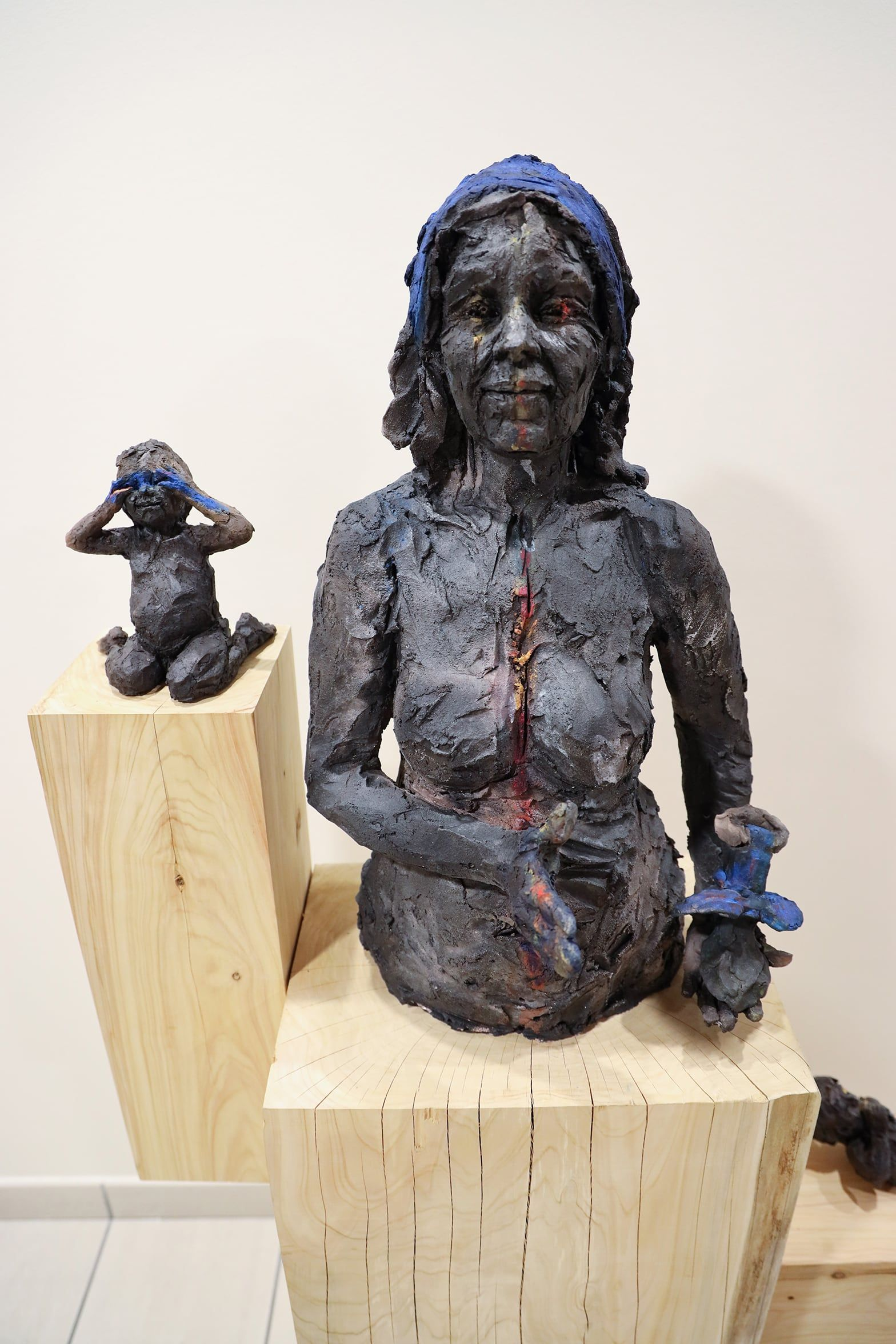 Alert the babies ,Cécile Raynal,Sculpture