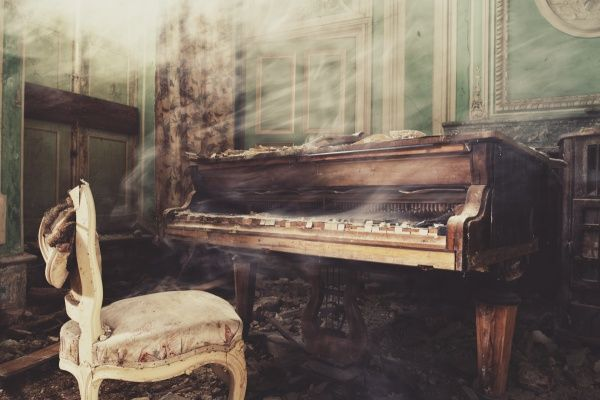 Castle Piano,Gina Soden,Photography