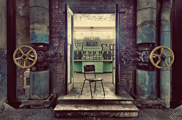 Control Room,Gina Soden,Photography