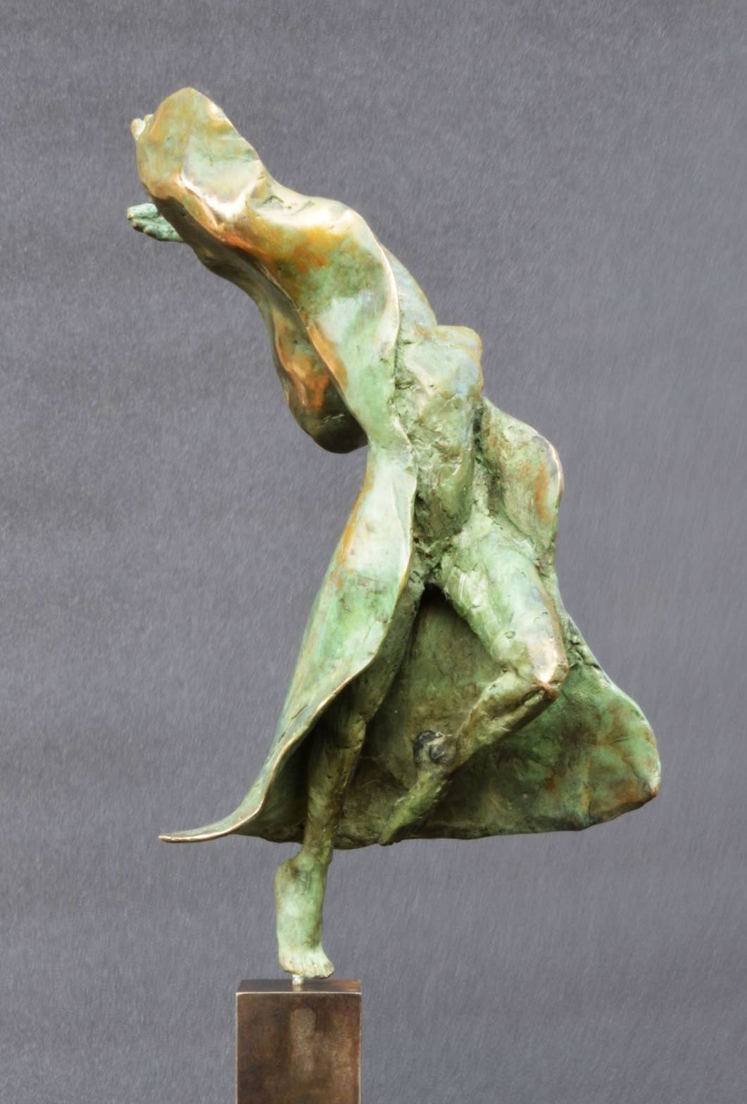 Danseuse moderne III,Yann Guillon,Sculpture contemporaine, detail 2