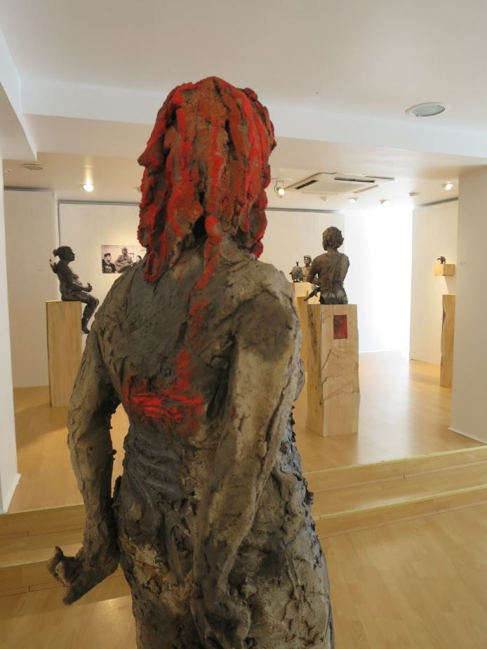Scarlet (with Lindsay),Cécile Raynal,Sculpture, detail 3