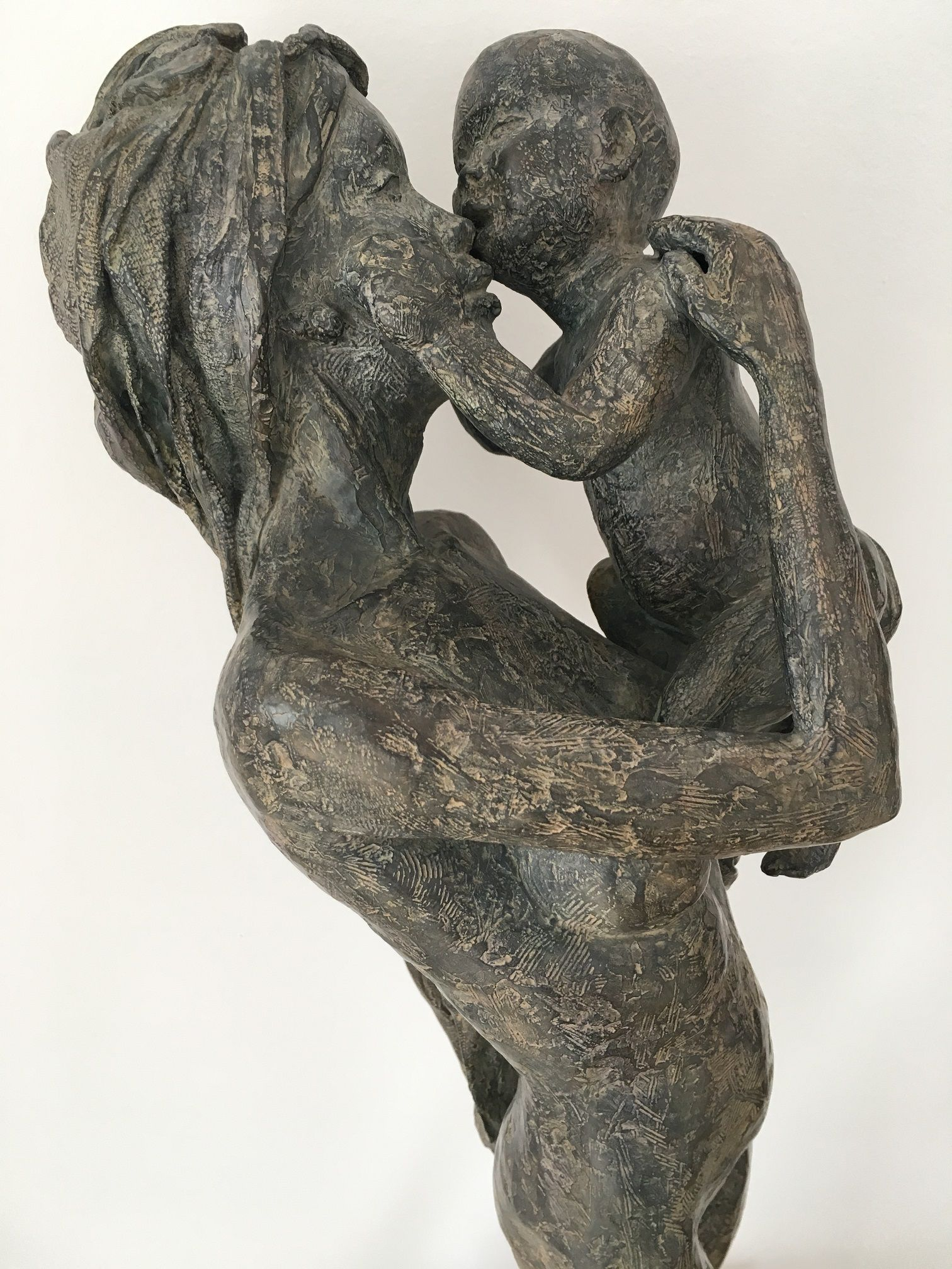 Woman with Child,Marine de Soos,Sculpture, detail 3