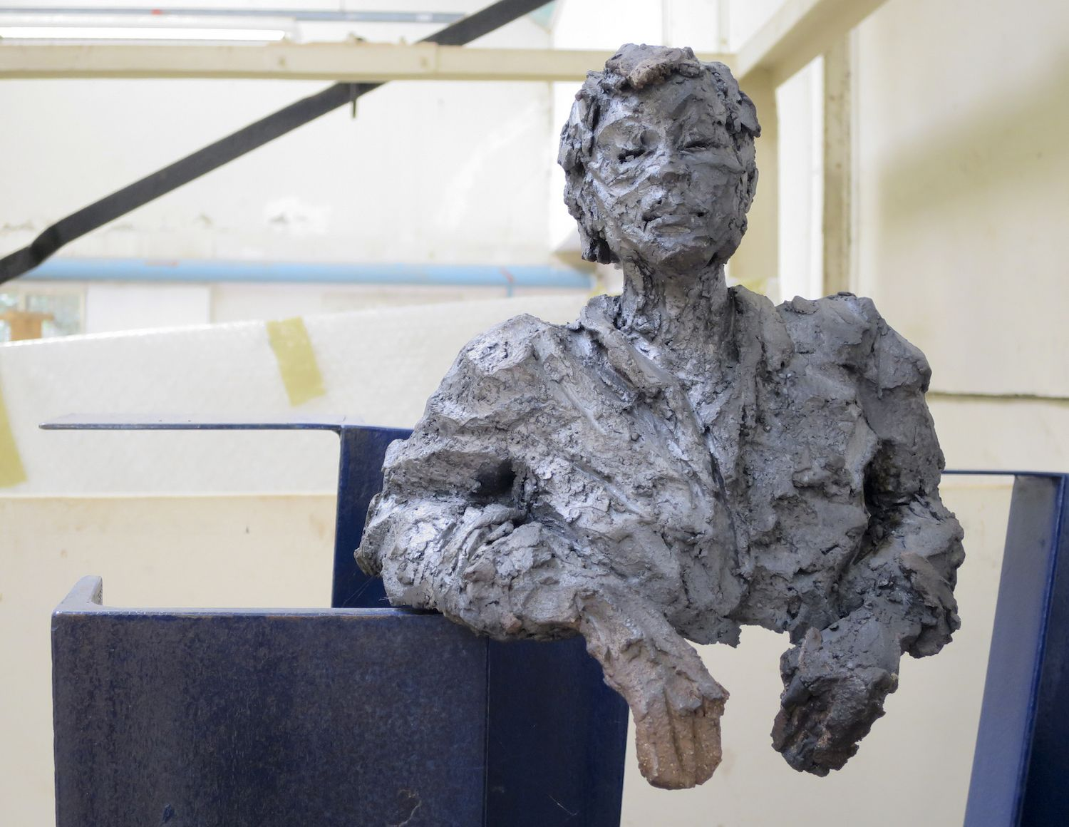 OFW's/Hom's II,Cécile Raynal,Sculpture