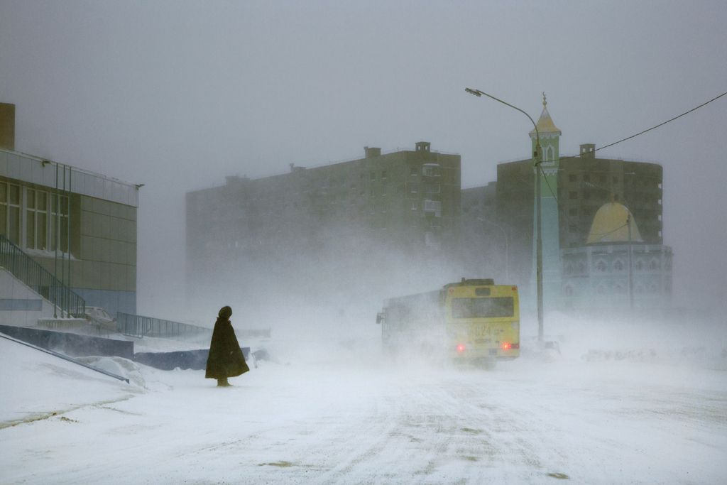 The bus, Norilsk,Christophe Jacrot,Photographie contemporaine