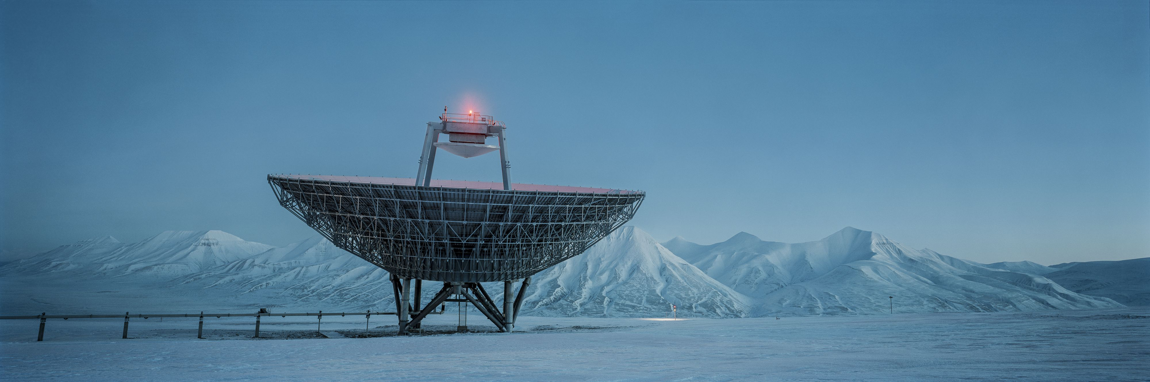 Winternight, Arctic Technology, Spitsbergen,Christian Houge,Photographie contemporaine